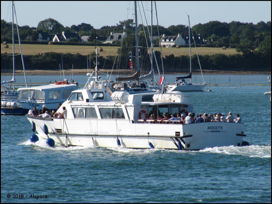 Navires de dessertes ou à passagers, bretons - Page 4 Y4md1JD_XiSffU34lVoF0wqMZf7Wpi9gPfO34qp6YlwbAvuwbqk9z10t2T5DeAj7MQoXXd2BKCqsa4md42kuVGTHCZexbcRnKpc470ZMAGFkqUvonB_MzzLs523RwV9l1oc3dzE6xwsdGHhZX8plQ3sP2zhWNatc43l6D5RVFPyW4CNy0qXLQITefTHao66cNi65eemwQBQoFhjJ1vEcKJXcA?width=900&height=675&cropmode=none